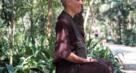 Video - A magia do silêncio - a bit of softness - with Kankyo, buddhist nun ( ENG - BR subtitles )